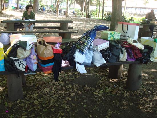 bolsas e sacolas de montão!