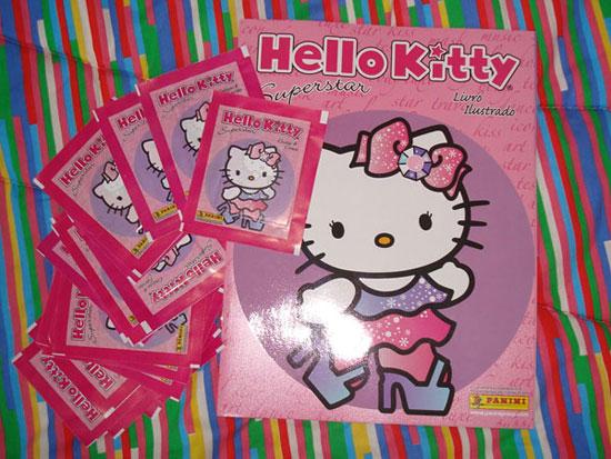 Álbum de figurinhas da Hello Kitty