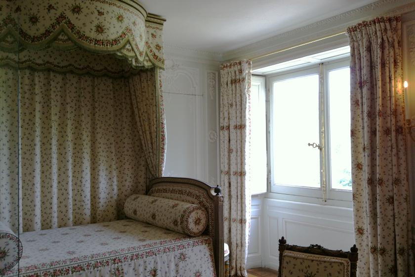 O quarto de Maria Antonieta no Petit Trianon.
