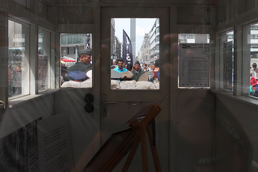 CHECKPOINTCHARLIE02