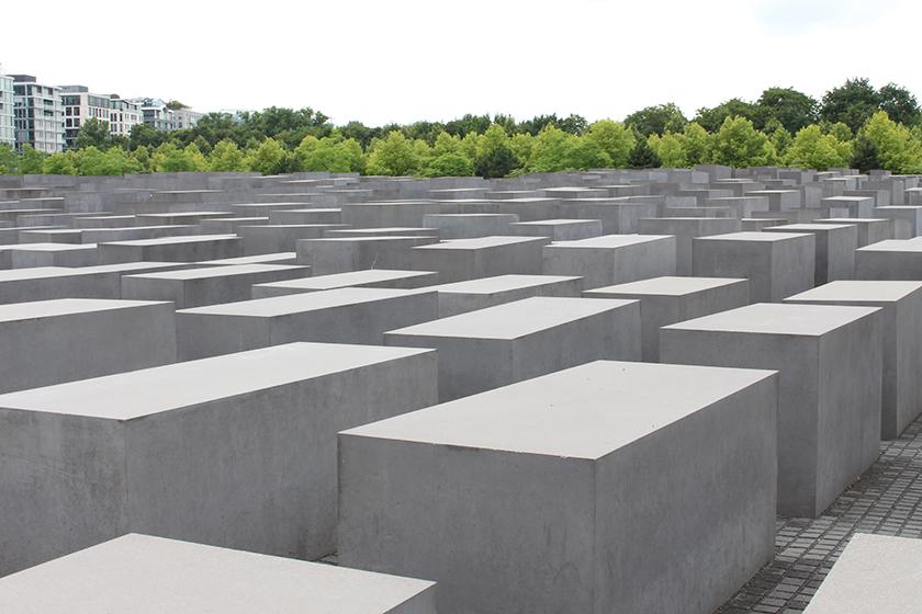 Holocaust-Mahnmal01