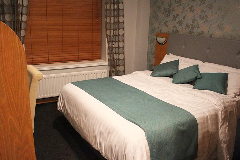 george-hotel-dublin01